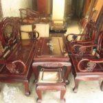Những lợi ích khi mua bàn ghế bằng gỗ cũ cho phòng khách