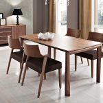 Cách lựa chọn bộ bàn ghế gỗ phòng ăn hợp từng căn bếp