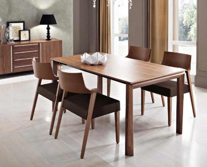 Hãy lựa chọn những bộ bàn ghế vừa với không gian phòng ăn.