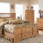 Gợi ý cách thiết kế phòng ngủ gỗ tự nhiên