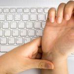 4 căn bệnh liên quan đến tay mà dân văn phòng phải đối mặt