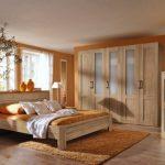 Gợi ý trang trí phòng ngủ với nội thất gỗ