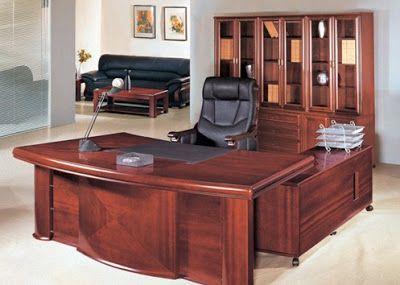 Không gian làm việc đẳng cấp với chiếc bàn giám đốc đúng chuẩn (Ảnh minh họa)