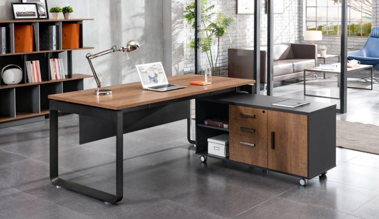 Tất nhiên, ngoài kiểu dáng thì chiếc bàn làm việc trường phòng phải đáp ứng được công năng thực sự của nó
