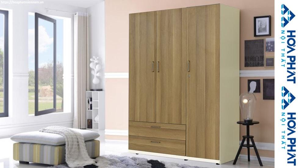 Tủ quần áo gia đình với thiết kế đơn giản