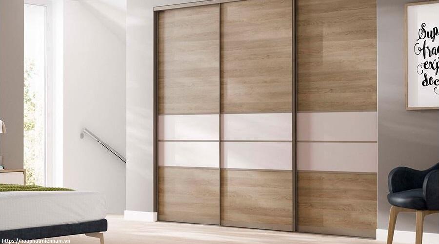 Chiếc tủ âm tường giúp không gian căn phòng trở nên lớn hơn