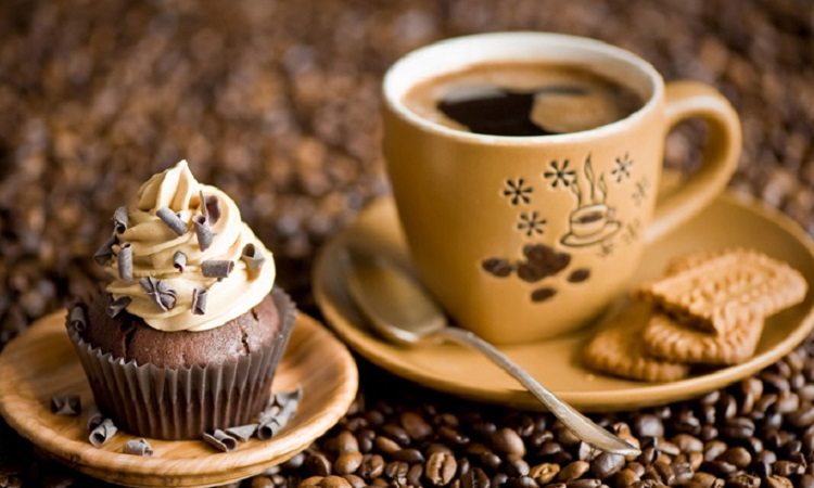 Cafe và bánh ngọt là mô hình kinh doanh mới của đa số bạn trẻ hiện nay