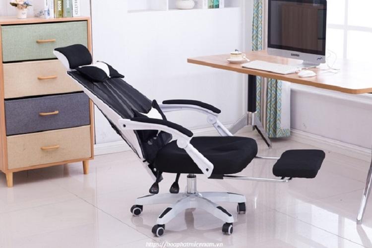 Cần lựa chọn loại ghế chắc chắn để mẹ bầu sử dụng khi làm việc - Bà bầu ngồi nhiều có sao không
