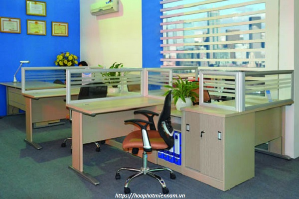Bàn văn phòng NTMD01C3 kèm hộc tủ giúp tối đa không gian làm việc nhỏ