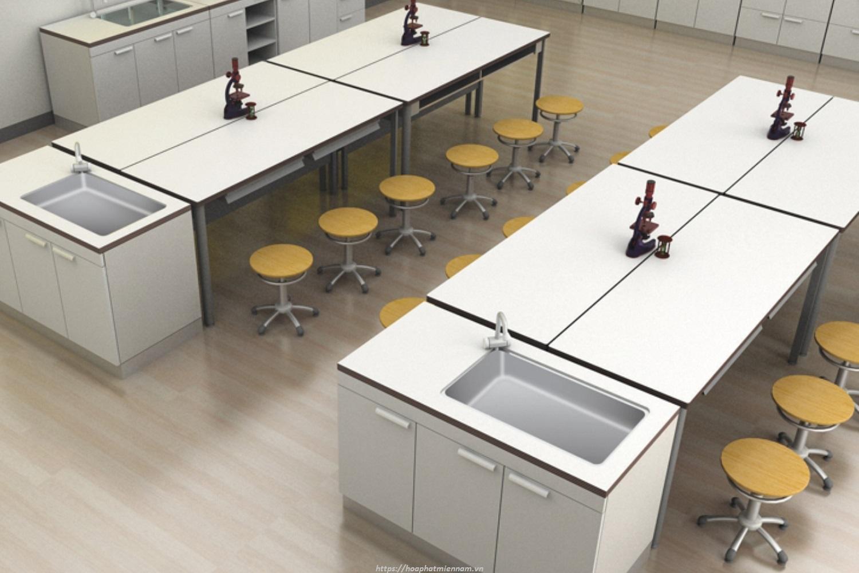 Chọn bàn thí nghiệm cần chú ý đến khả năng chịu đựng hóa chất