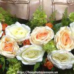 4 mẫu hoa để bục tượng Bác Hồ