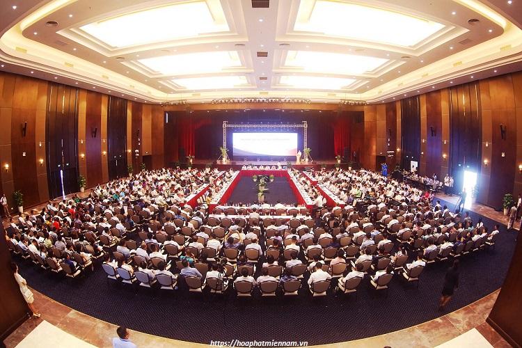 Bao quát và hỗ trợ khách tham dự trong suốt quá trình hội nghị diễn ra