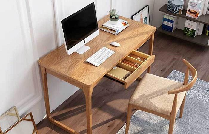 Mẫu bàn làm việc sang trọng tại văn phòng
