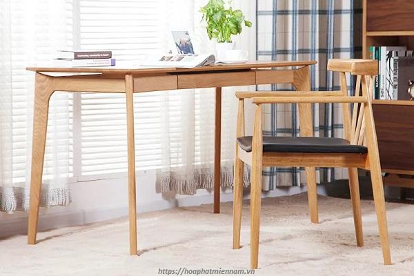 Bàn làm việc gỗ tự nhiên với hộc ngang gắn trên liền bàn đẹp sang trọng 4