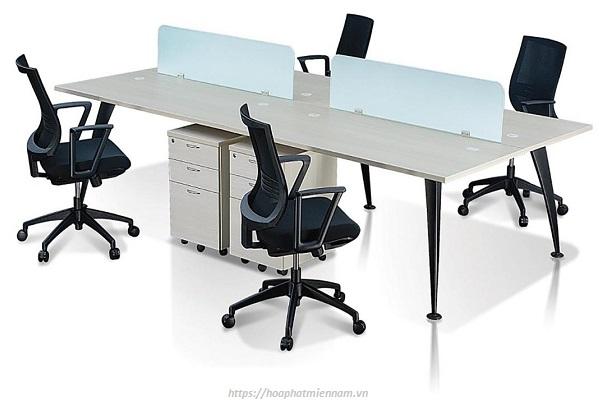 Nên chọn bàn làm việc theo điều kiện tài chính cho phép, tránh việc chi quá nhiều vượt mức cần thiết