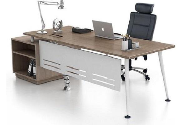 Chọn bàn làm việc dựa theo tính chất công việc