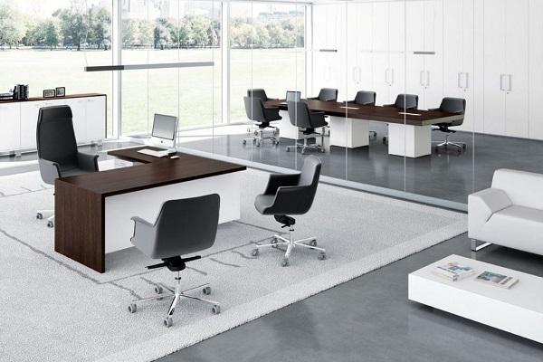 Thiết kế nội thất phòng làm việc giám đốc với ghế giám đốc bọc da cao cấp