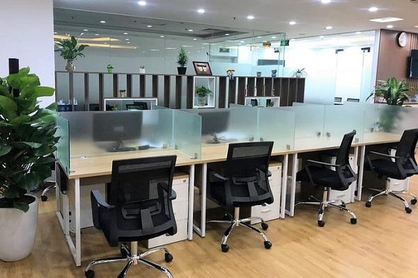 Nhu cầu chọn mua vách ngăn bàn văn phòng hiện nay khá phổ biến