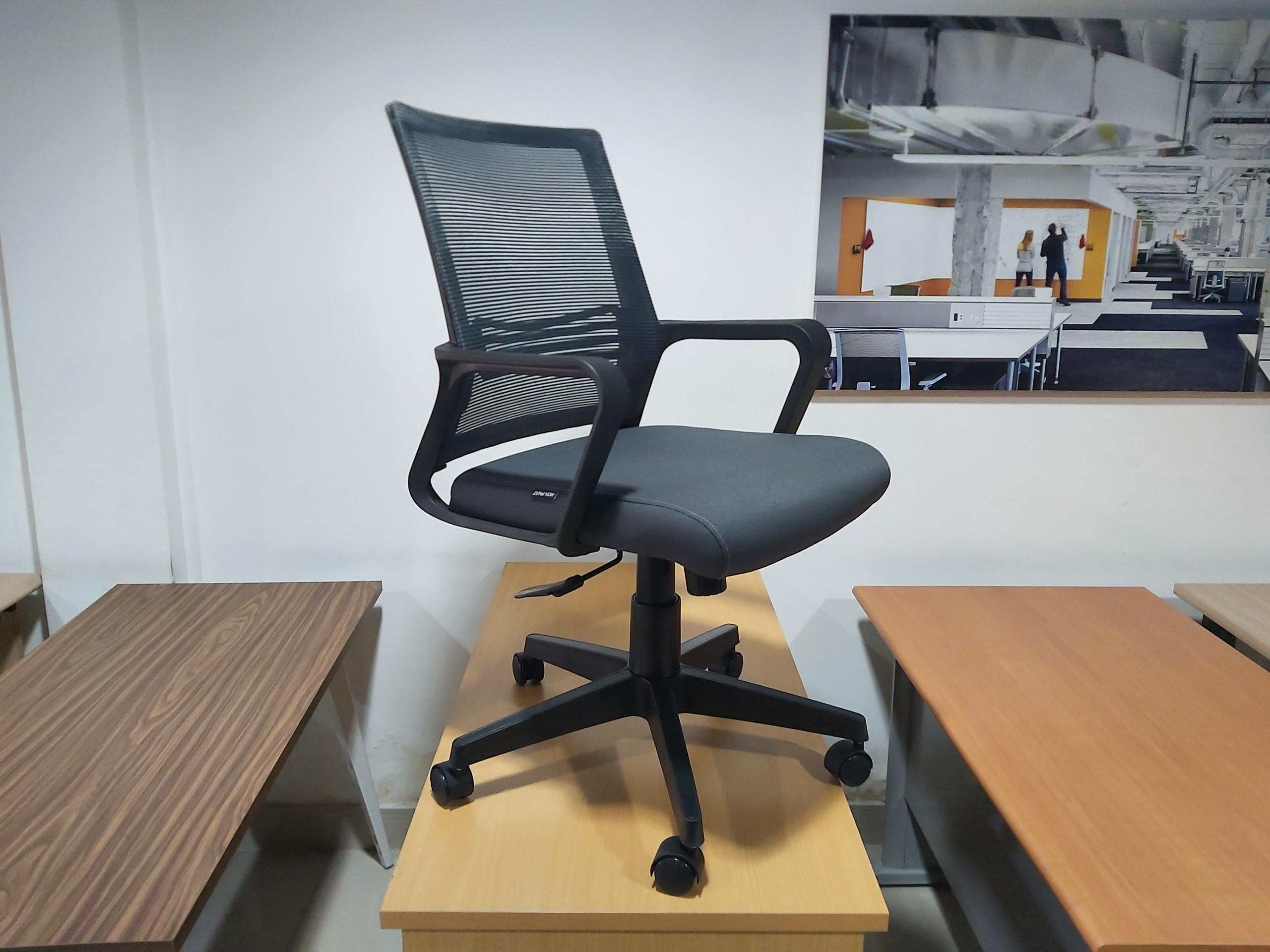 Ảnh chụp sản phẩm ghế văn phòng GL119