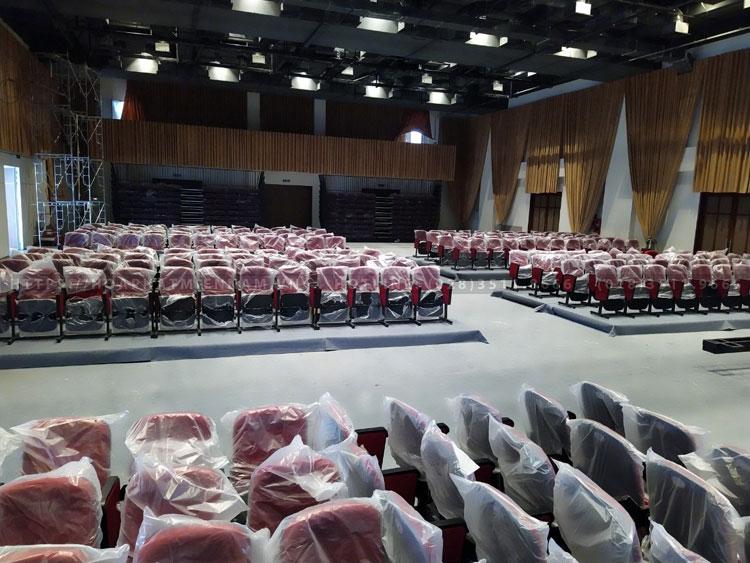 Thi công ghế hội trường cho dự án Nhà hát Hòa Bình TPHCM