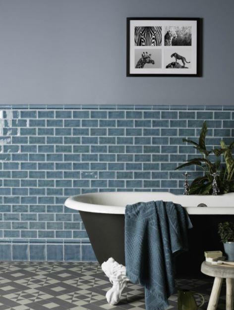 Sử dụng các hình dáng, màu, loại gạch khác nhau để tăng hiệu quả thẩm mỹ và công năng sử dụng.