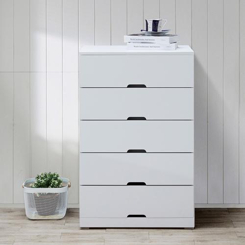 Tủ sắt với nhiều ngăn kéo sẽ giúp việc quản lý đồ dùng tốt hơn