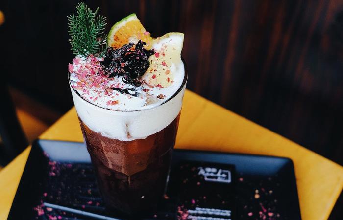 Những món uống đặc sắc tại tiệm cà phê Mùa Hè 2