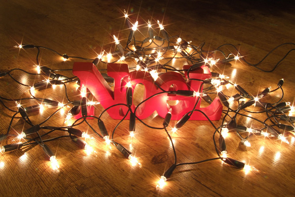 Sử dụng dây đèn led trang trí Giáng sinnh cho văn phòng