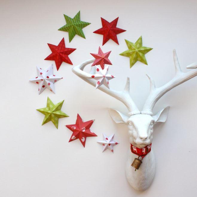 Ngôi sao đầy màu sắc tạo không khí lễ hội Noel