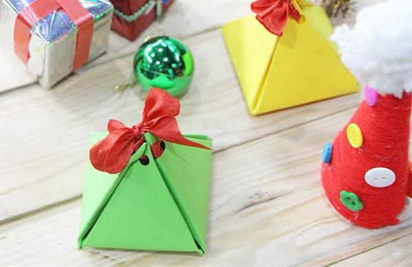 Hộp quà handmade trang trí Noel