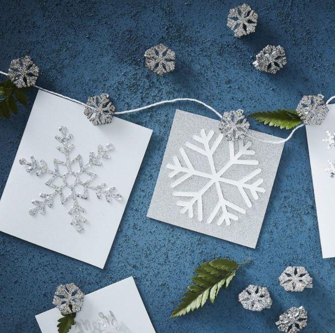 Tự tay mình làm thiệp Noel handmade chắc chắn sẽ càng mang lại nhiều giá trị hơn nữa