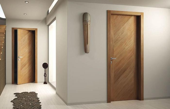 Chất liệu gỗ công nghiệp HDF thường được dùng sản xuất các vật dụng nội thất, cửa ra vào