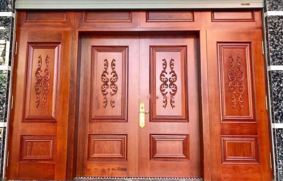 cửa nhà bằng gỗ lim