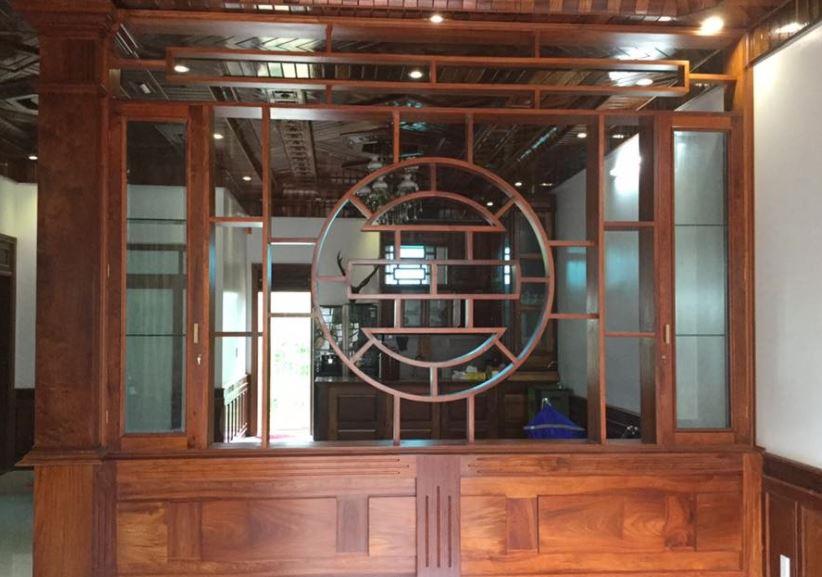 tủ trang trí gỗ lim