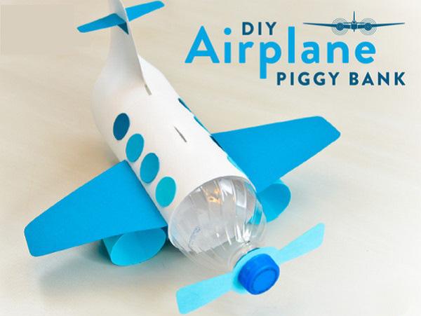 Máy bay đồ chơi bằng chai nhựa