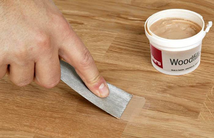 Cách xử lý gỗ bị nứt với chất liệu keo dính chuyên dụng