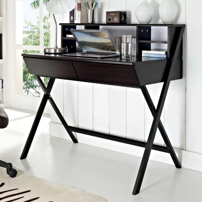 """Nếu bạn thích kiểu ấn tượng thì đây là mẫu bàn mà bạn nên chọn, kiểu thiết kế """"không thể"""" hầm hố hơn."""