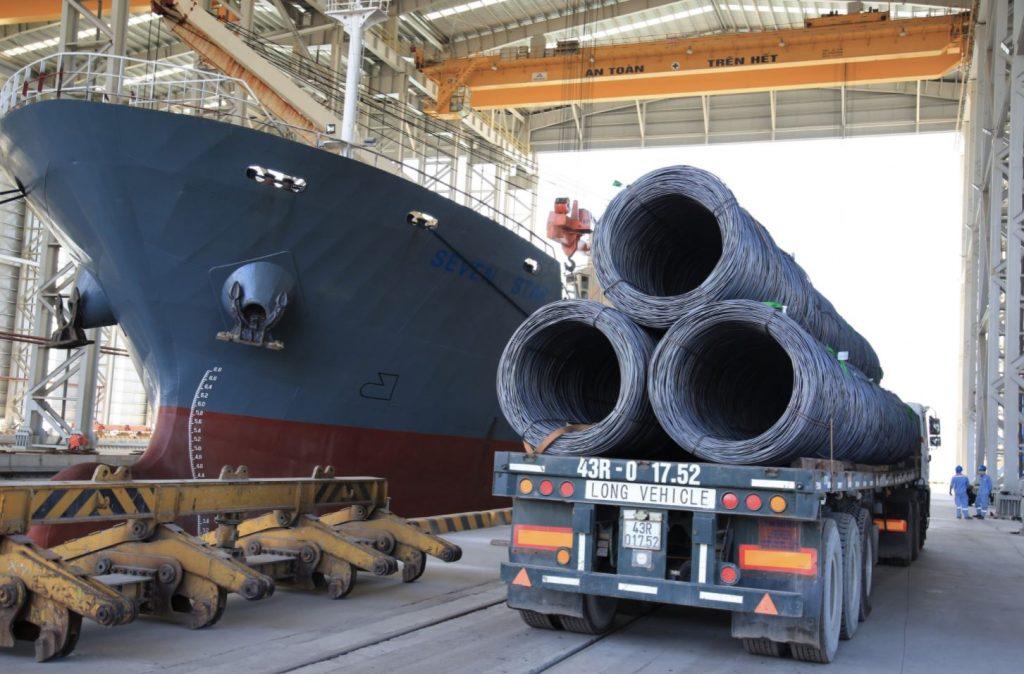 Hòa Phát đạt sản lượng bán hàng 690.000 tấn thép các loại trong tháng 8